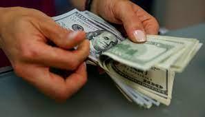 Dolar 9.74'ü gördü