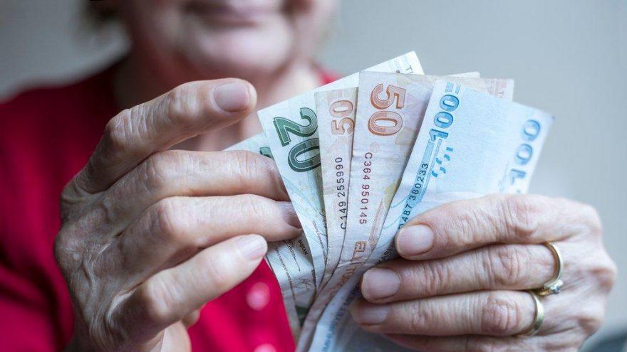 Dört milyon emekli asgari ücretin altında maaş alıyor