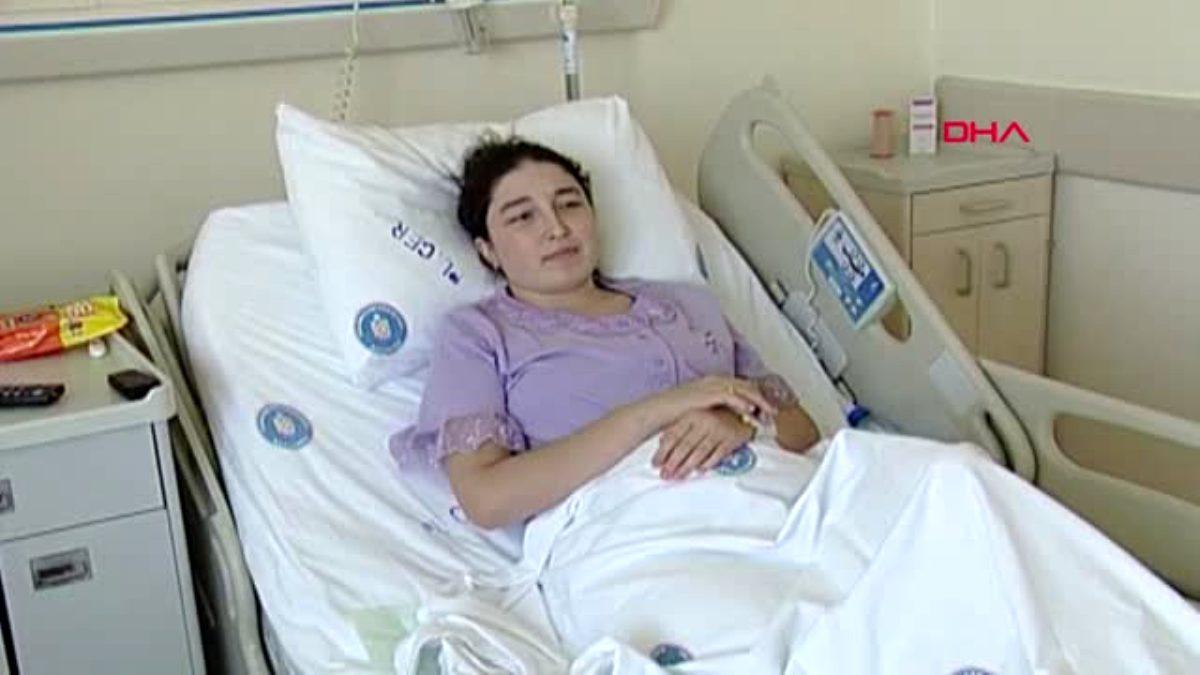 Dünyanın ilk kadavradam rahim nakilli annesi doğum yaptı