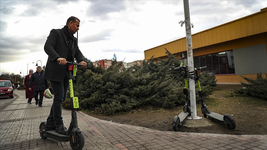Elektrikli scooter yönetmeliği Resmi Gazete'de