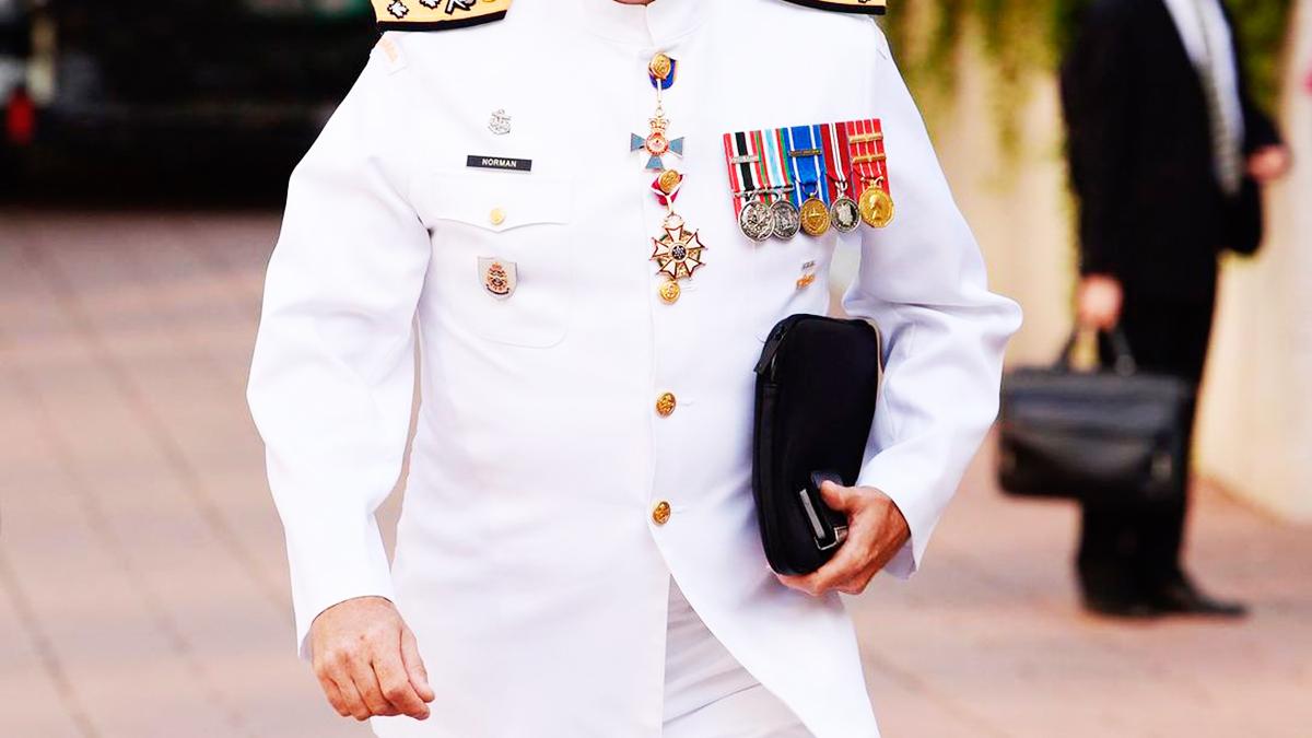 Emekli amirallerin bildirisine imza atan 10 kişi gözaltına alındı