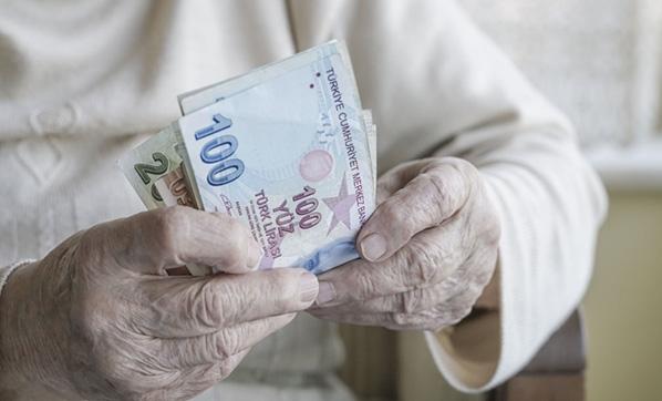 Emekliye Ramazan Bayramı ikramiyelerinin ödemesi başladı