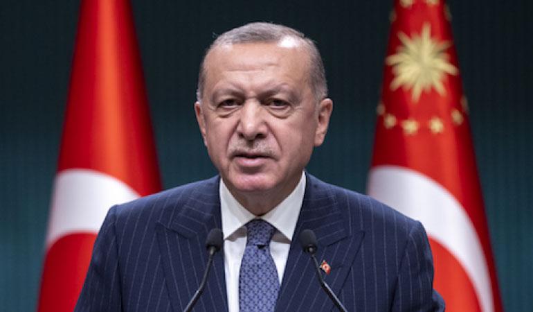 Erdoğan çark etti: Aşı hizmetlerini de diğer ülkeler gibi ücretsiz olarak vatandaşımıza veriyoruz