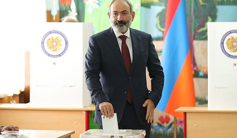 Ermenistan'da muhalefet seçimlerin iptalini istedi
