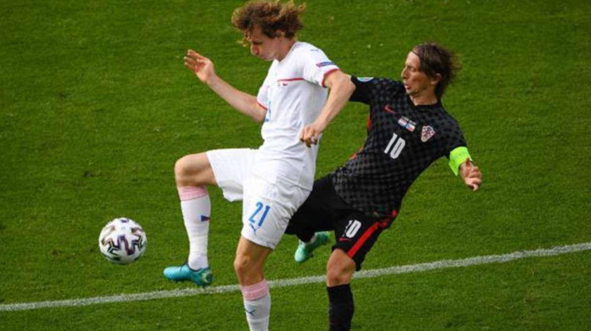 EURO 2020 Hırvatistan-Çekya maçı 1-1 beraberlikle sona erdi