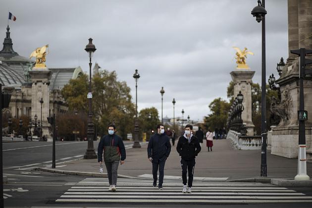 Fransa'dan ülke genelinde karantina ilanı