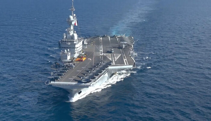 Fransız savaş gemisi Doğu Akdeniz'e doğru yola çıktı
