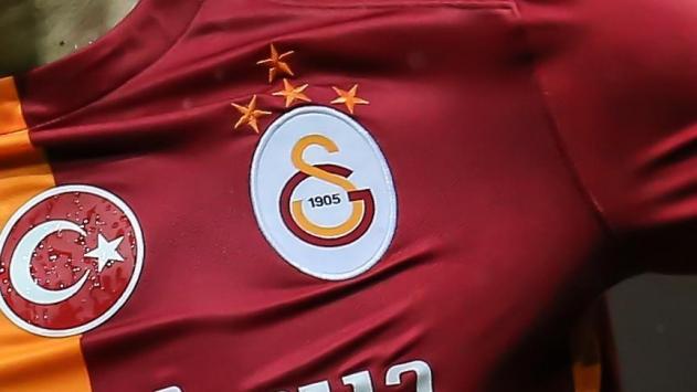 Galatasaray'da 3 futbolcunun testi pozitif