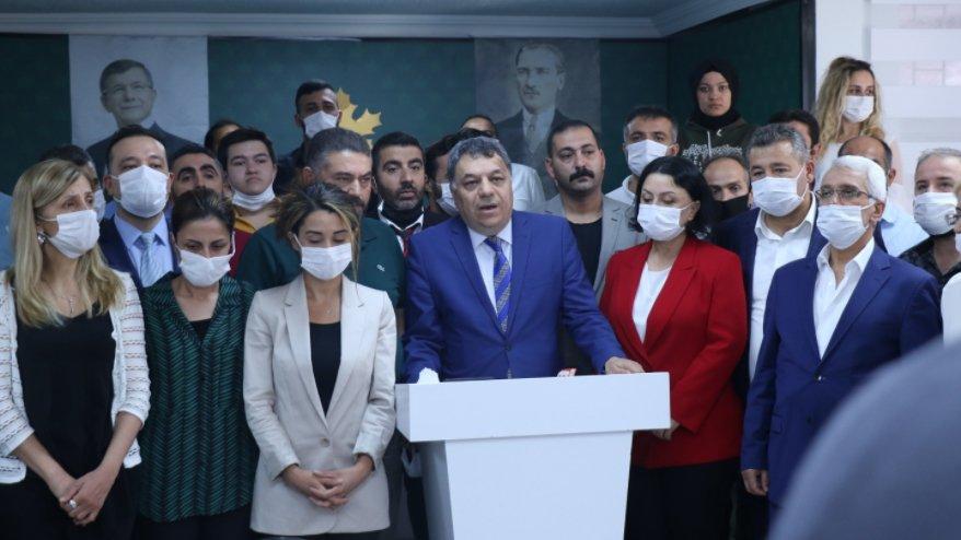 Gelecek Partisi Ankara İl Başkanı ve 7 ilçe başkanı istifa etti