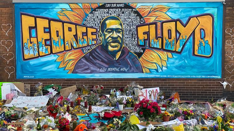 George Floyd'un ailesi 4 polise dava açtı