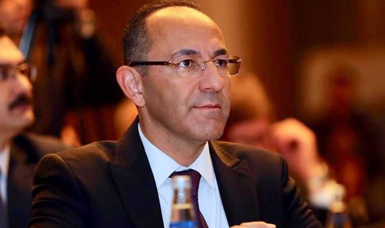 Görevden alınan CHP'li Urla Belediye Başkanı tahliye edildi
