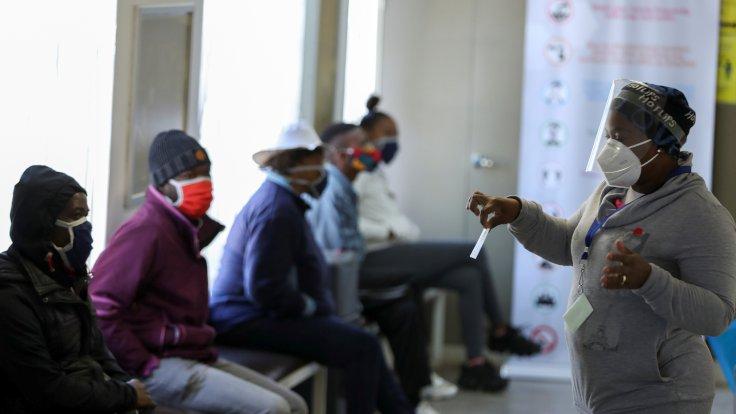 Güney Afrika'da pandemi kontrolden çıktı!