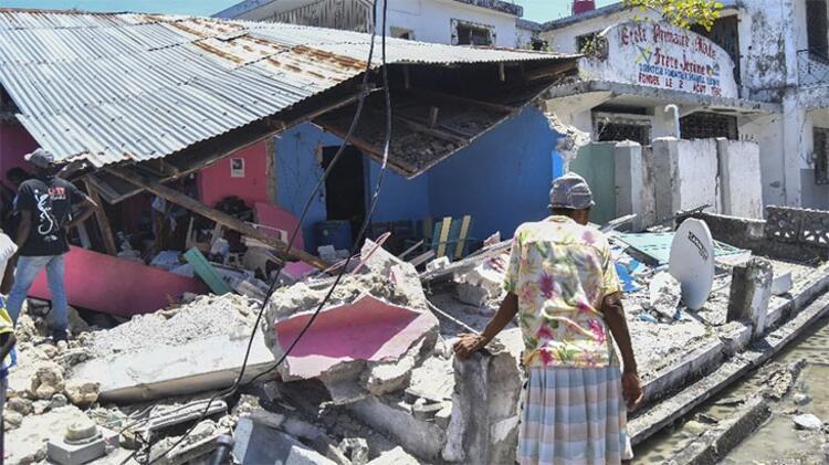 Haiti'deki depremde hayatını kaybedenlerin sayısı 1297'ye yükseldi