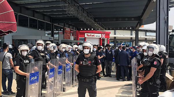 HDP'nin İstanbul'daki 'Demokrasi Yürüyüşü'ne polis müdahalesi