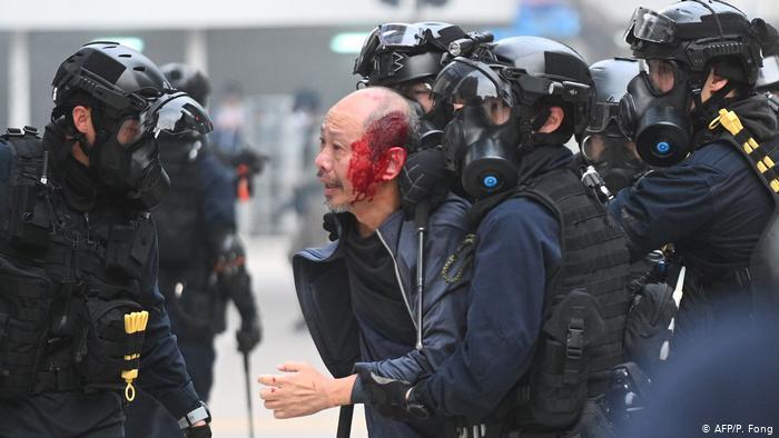 Hong Kong polisine yeni yetkiler