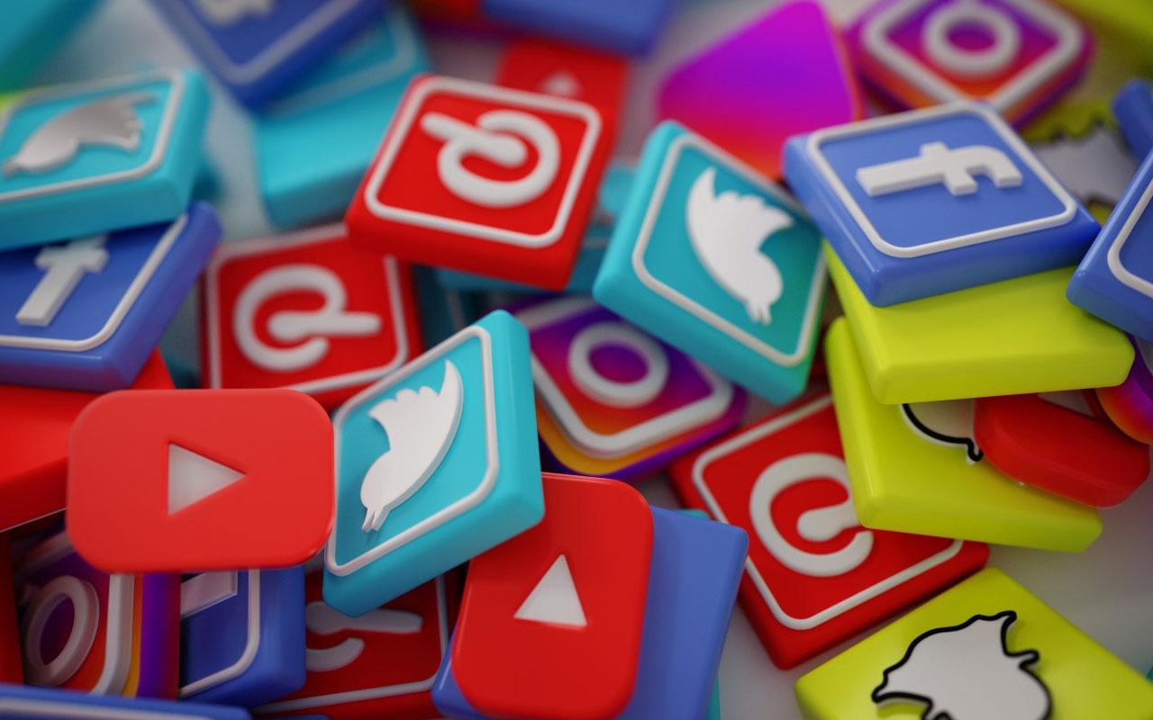 Hürriyet yazarı Selvi: Sosyal medyaya 'unutulma' düzenlemesi geliyor