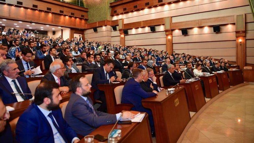İBB'nin metro inşaatları için hazırladığı borçlanma tekliflerine komisyonda AKP engeli