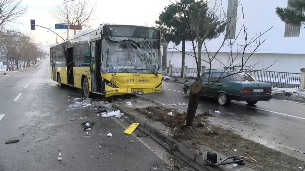 İETT otobüsüyle minibüs çarpıştı: 7 yaralı