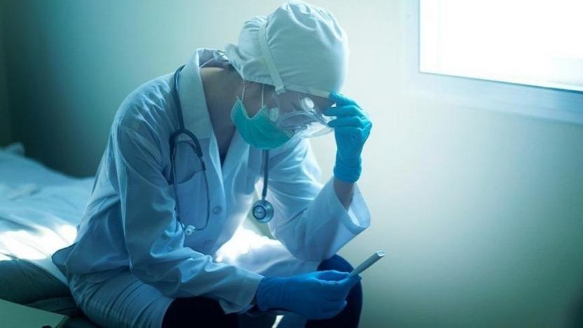 İki doktor daha koronavirüs nedeniyle yaşamını yitirdi