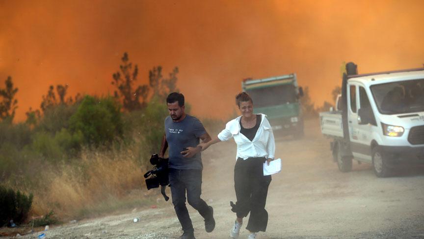 İki kentte 5 noktada yangın devam ediyor