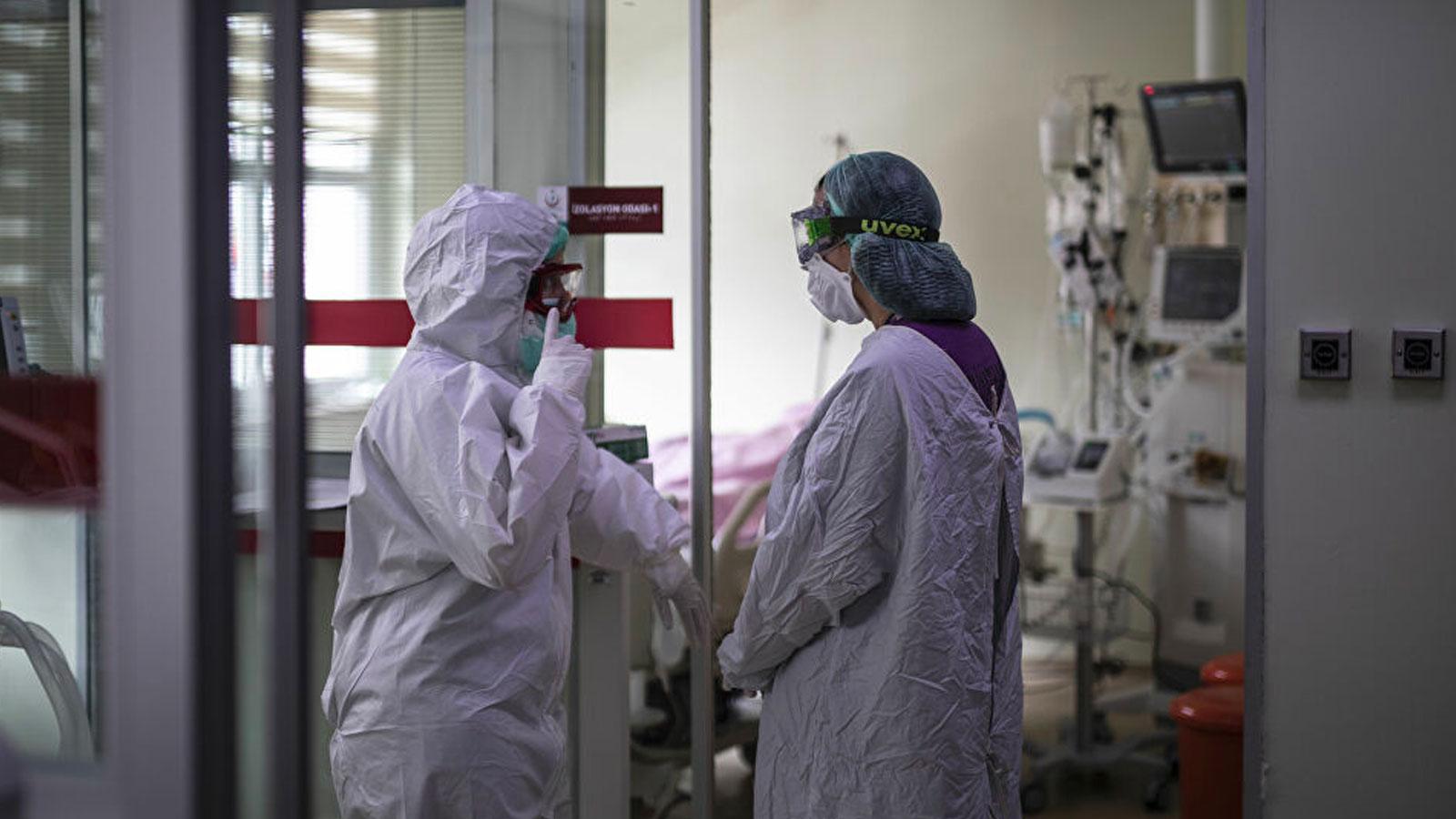 İki sağlık çalışanı daha koronavirüsten yaşamını yitirdi