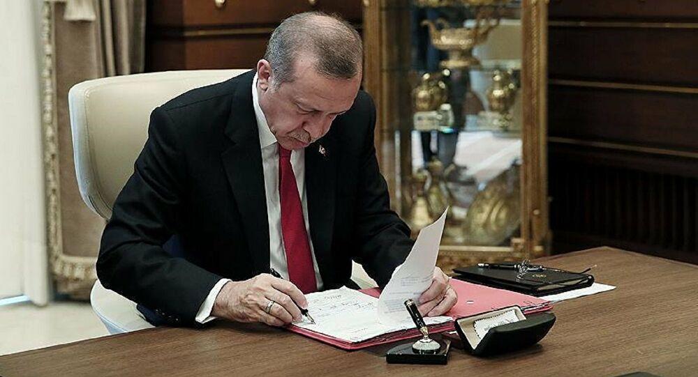 İmamoğlu görevden aldı, Erdoğan atadı
