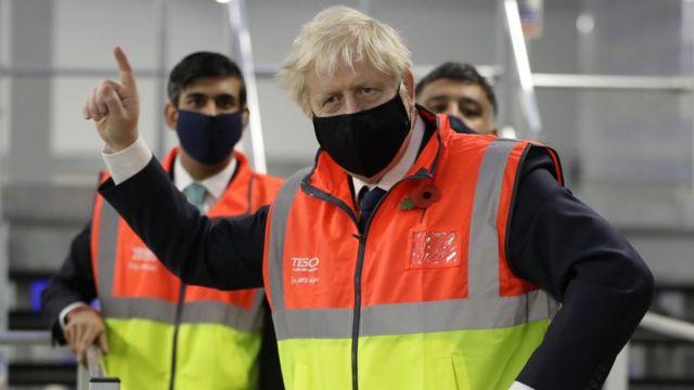 İngiltere 21 Haziran'da tüm yasakları kaldıracak