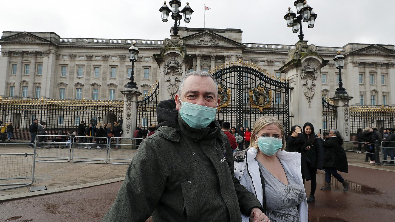 İngiltere Sağlık Bakanı: Koronavirüs mutasyonu kontrolden çıktı
