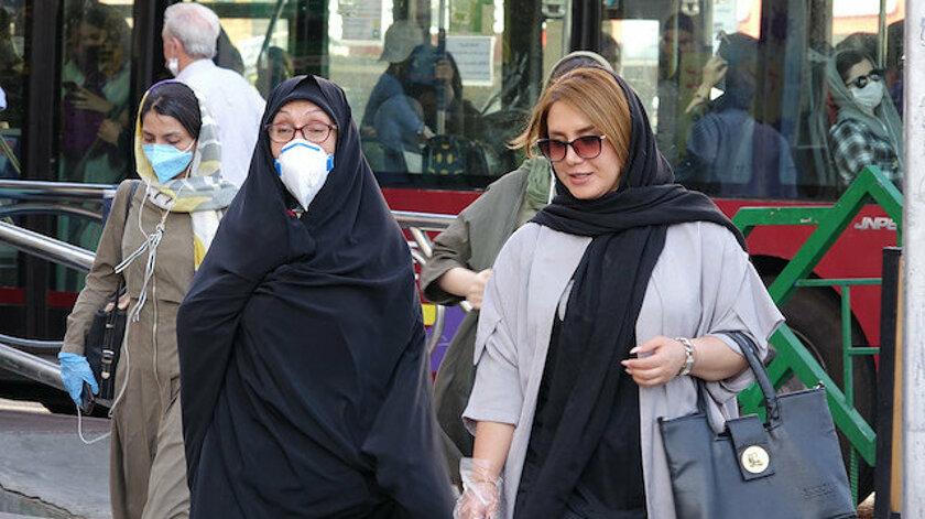 İran'da koronavirüs kaynaklı can kaybı 9 bini aştı