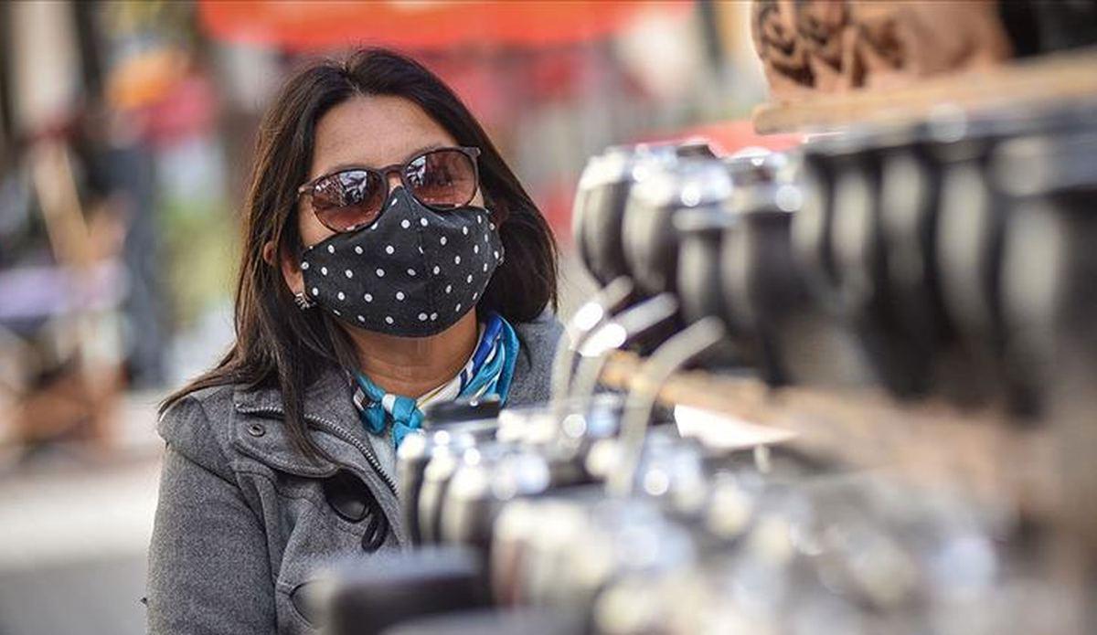 İsrail'de kapalı alanlarda maske zorunluluğu kaldırıldı