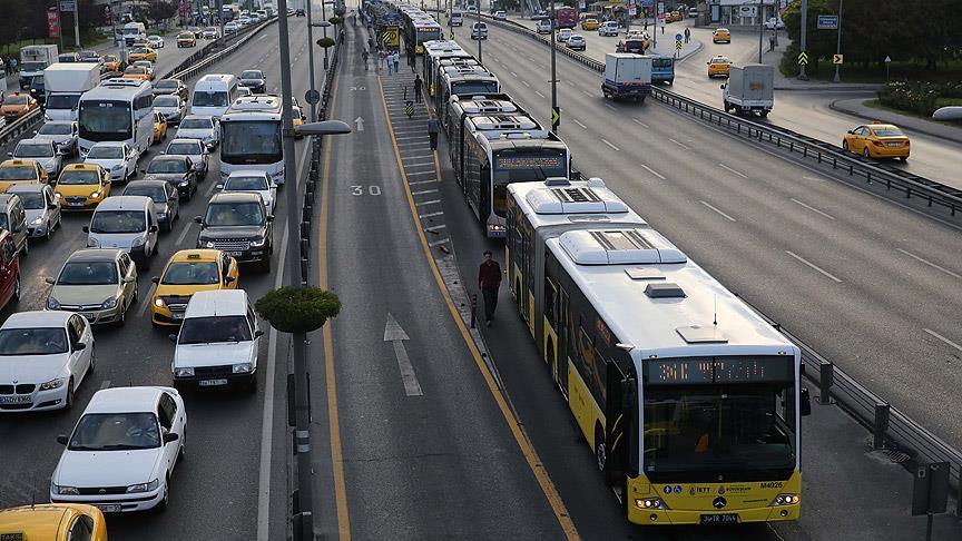 İstanbul'a 160 yeni metrobüs aracı