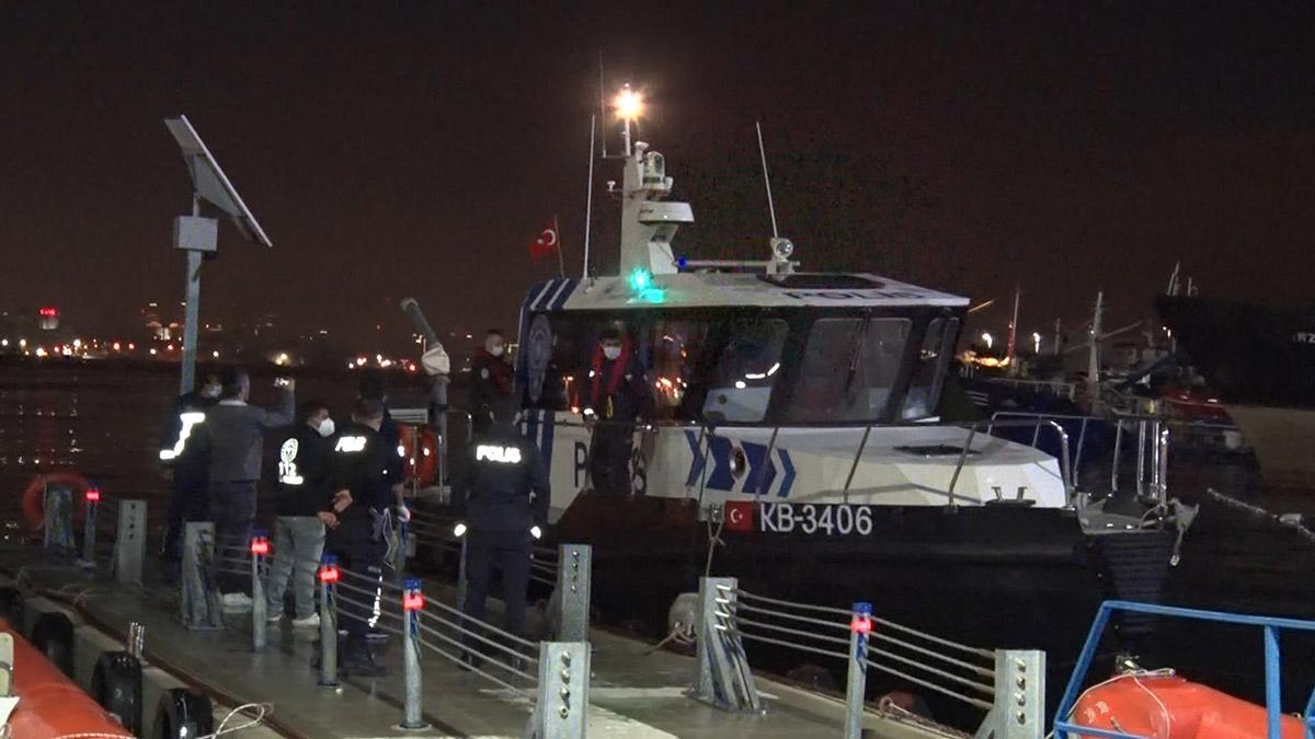 İstanbul'da balıkçı teknesi battı: 2 kişi öldü, 11 kişi kurtarıldı