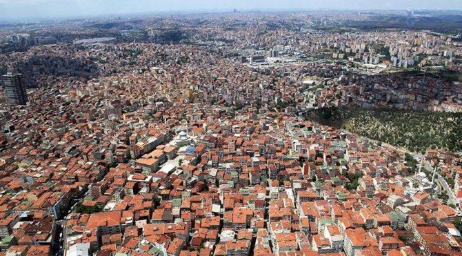 İstanbul'da deprem: 200 bin bina, 3 milyon insan etkilenecek