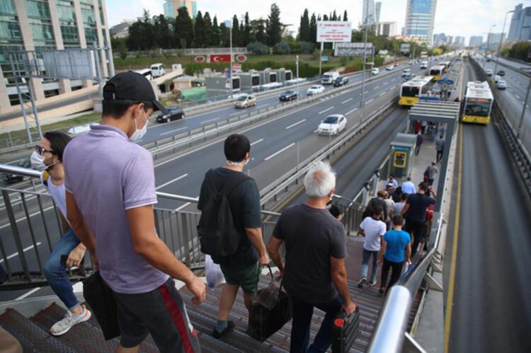 İstanbul'da mesai saatleri değişiyor!