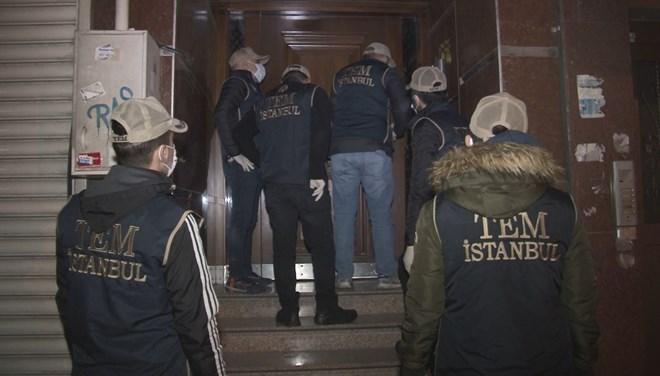 İstanbul'da terör örgütü FETÖ operasyonu: 32 adrese baskın
