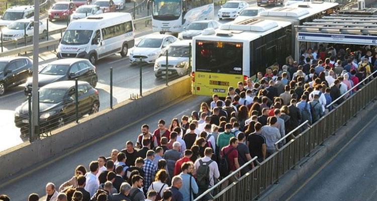 İstanbul'da toplu taşıma 1.8 arttı