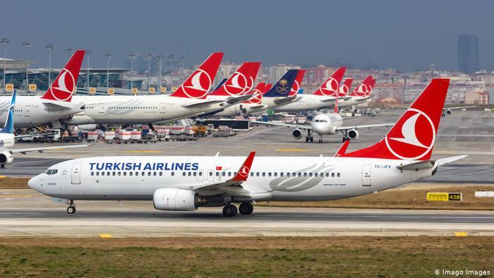 """İstanbul'da uçuşlara """"olumsuz hava"""" engeli"""