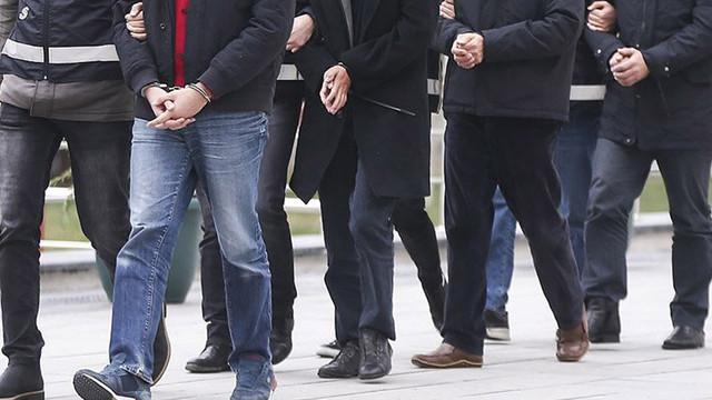 İstanbul merkezli 12 ilde FETÖ operasyonu: 40 şüpheliden 34'ü yakalandı