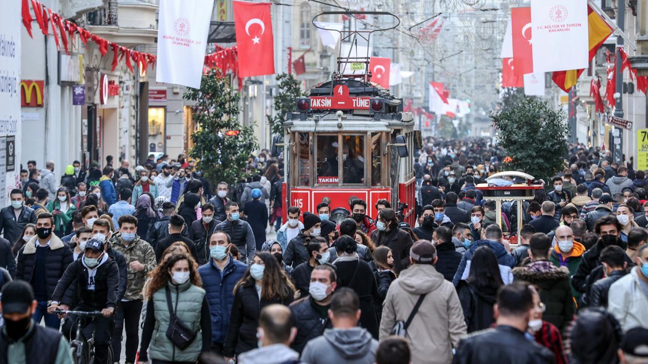 İstanbul'un yüzde kaçı aşılandı? Vali Yerlikaya duyurdu