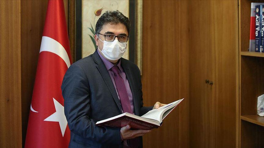 İstanbul Üniversitesi Tıp Fakültesi Dekanı: Çember daralıyor