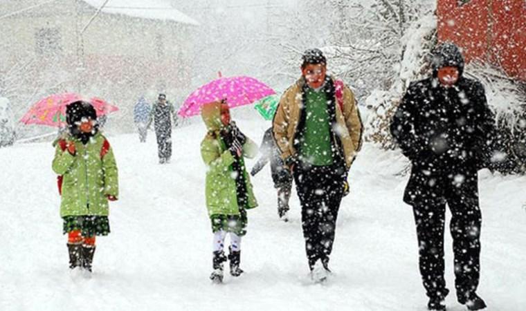İstanbul ve 24 ilde yüz yüze eğitime kar engeli