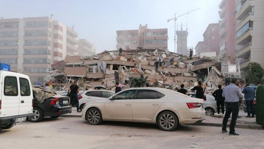 İzmir Büyükşehir Belediye Başkanı Tunç Soyer: 20'ye yakın binada yıkım ihbarı aldık
