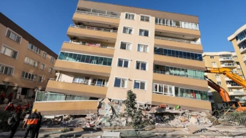 İzmir'de 124 bina acil olarak yıkılacak