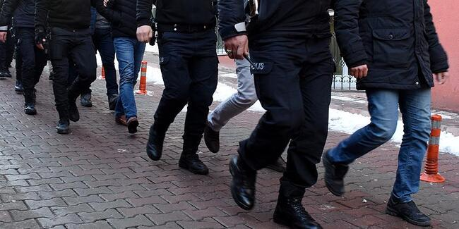 İzmir'de büyük operasyon: 66 gözaltı