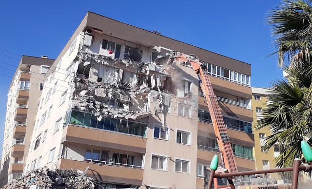 İzmir'de depremin ardından kanser riski