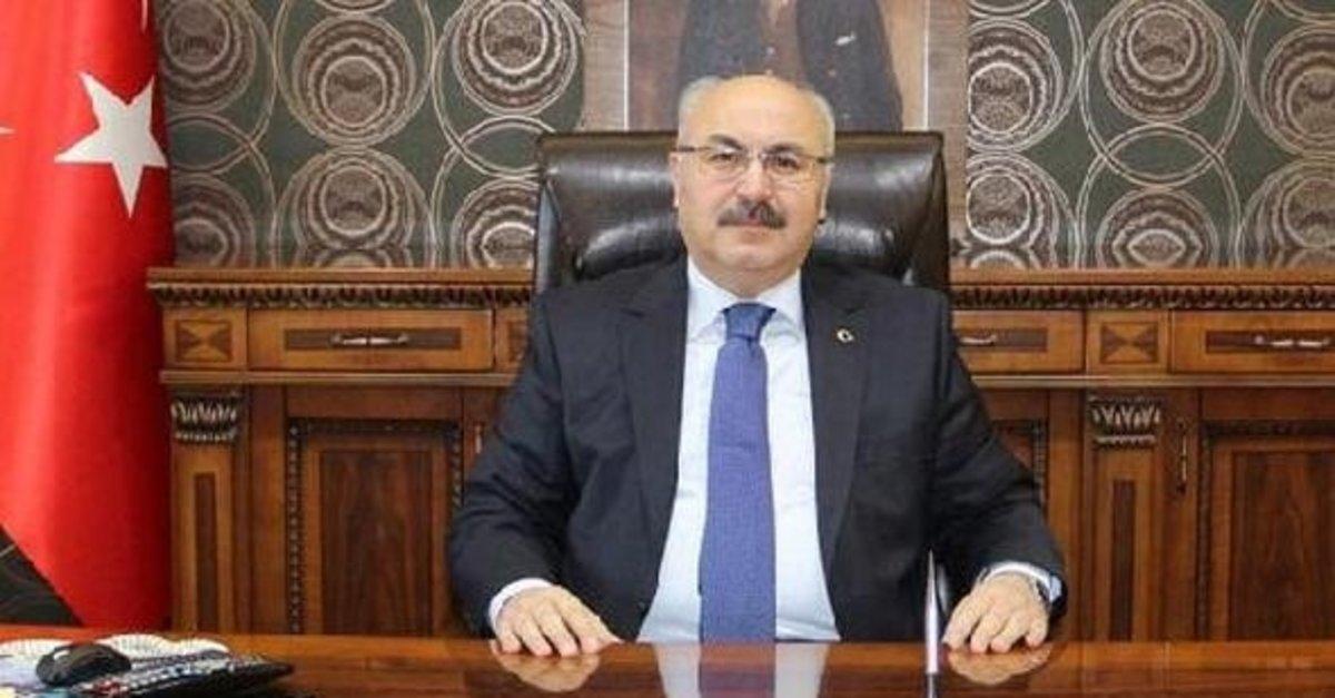 İzmir'de koronavirüs alarmı! Vali 'Kötü durumdayız' diyerek uyardı