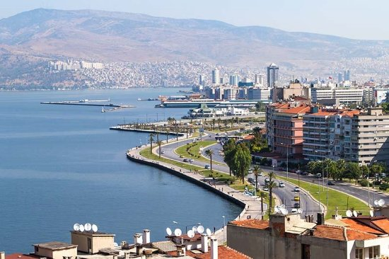 İzmir Valisi Köşger hastane doluluk oranlarını açıkladı