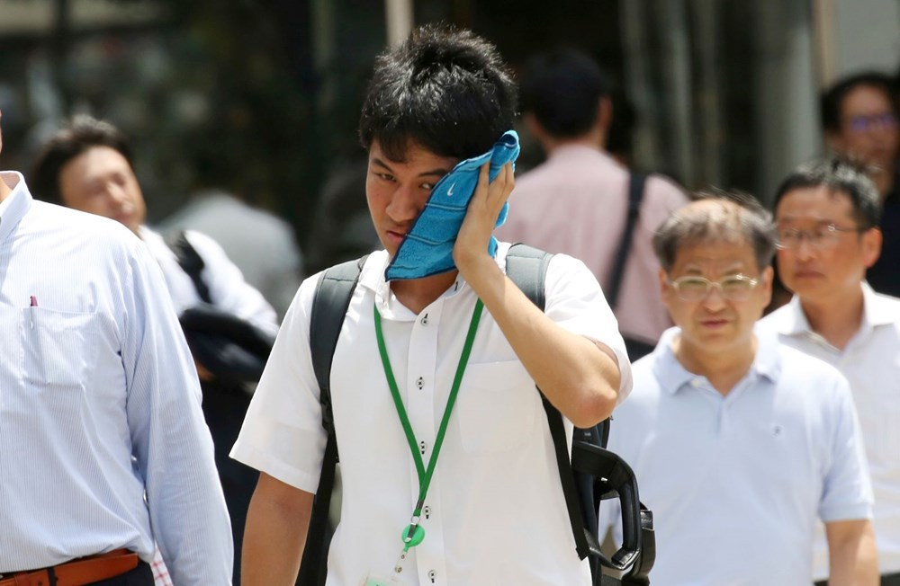 Japonya'da aşırı sıcaklardan 23 kişi hayatını kaybetti