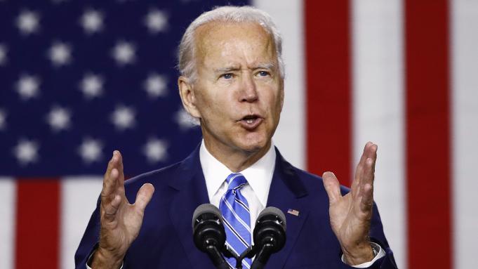 Joe Biden Demokrat Parti'nin başkan adayı olarak gösterildi