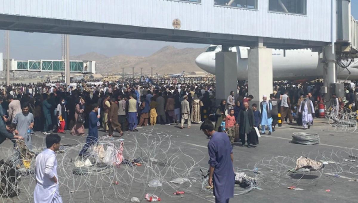 Kabil Havalimanı'nın dışında patlama meydana geldi